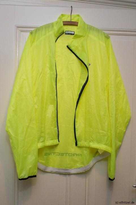 elfritzel-protective-passat-wind-jacket-open